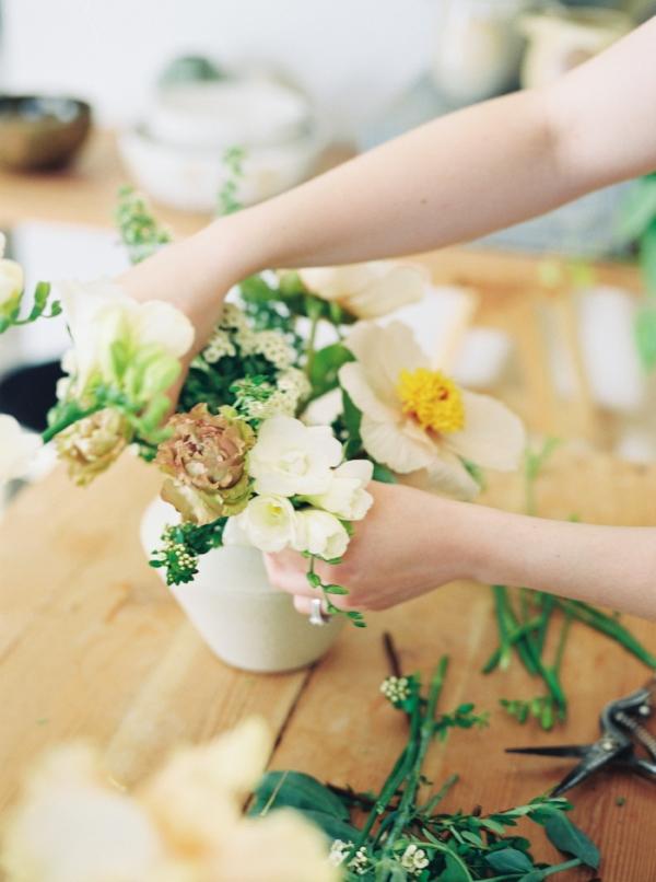 Portland Oregon Wedding Florist, Foraged Floral, spring floral lifestyle session.jpg