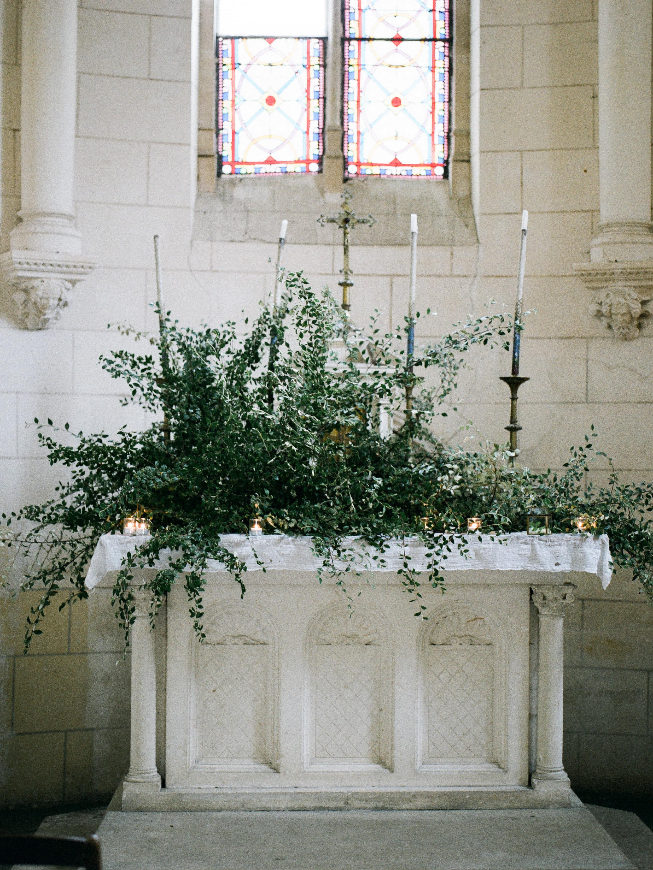 fine art wedding florist, foraged floral, wedding in paris france with charming french chateau.jpg
