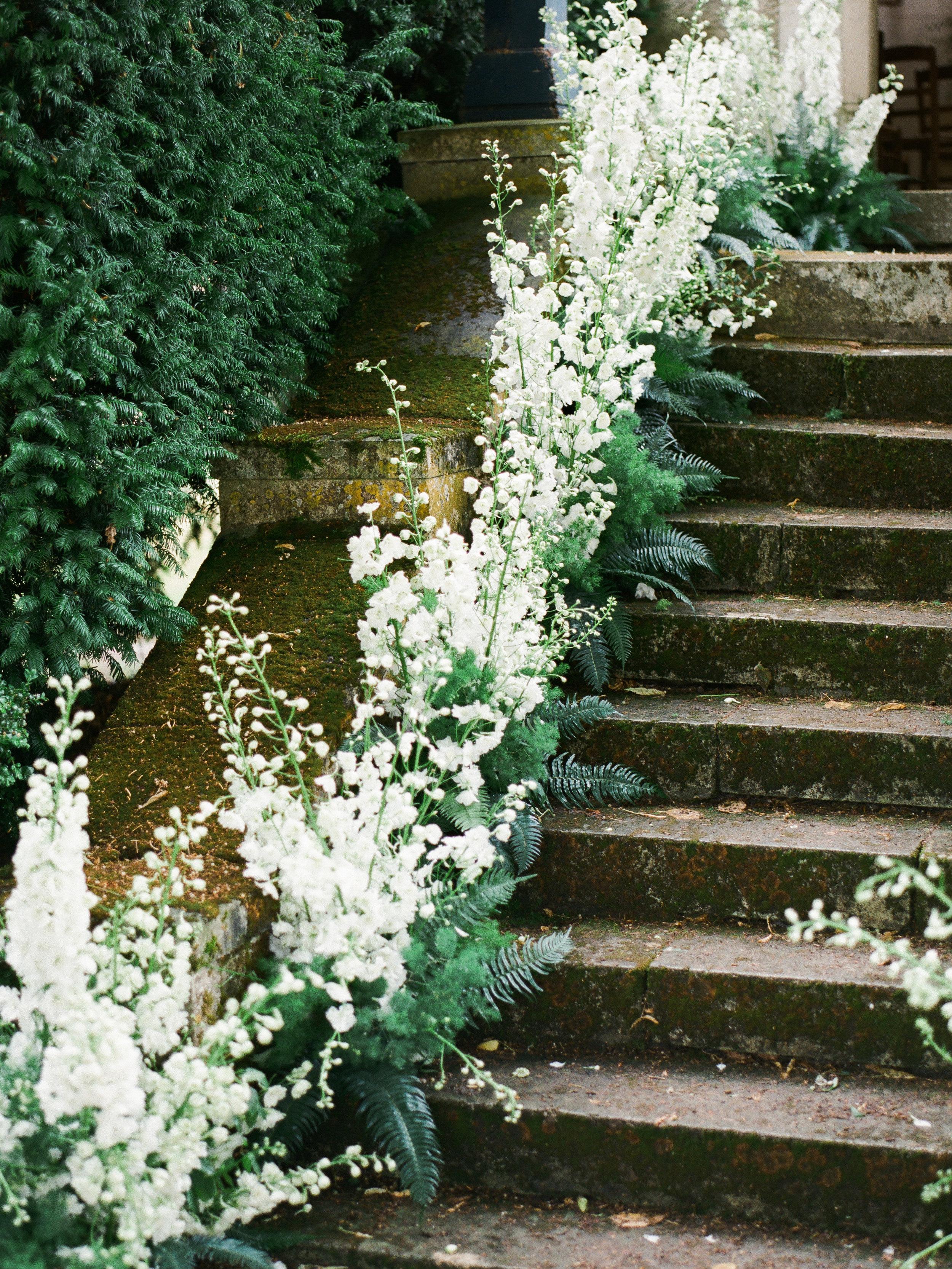 fine art wedding florist, foraged-floral, paris-france-wedding-florist.jpg