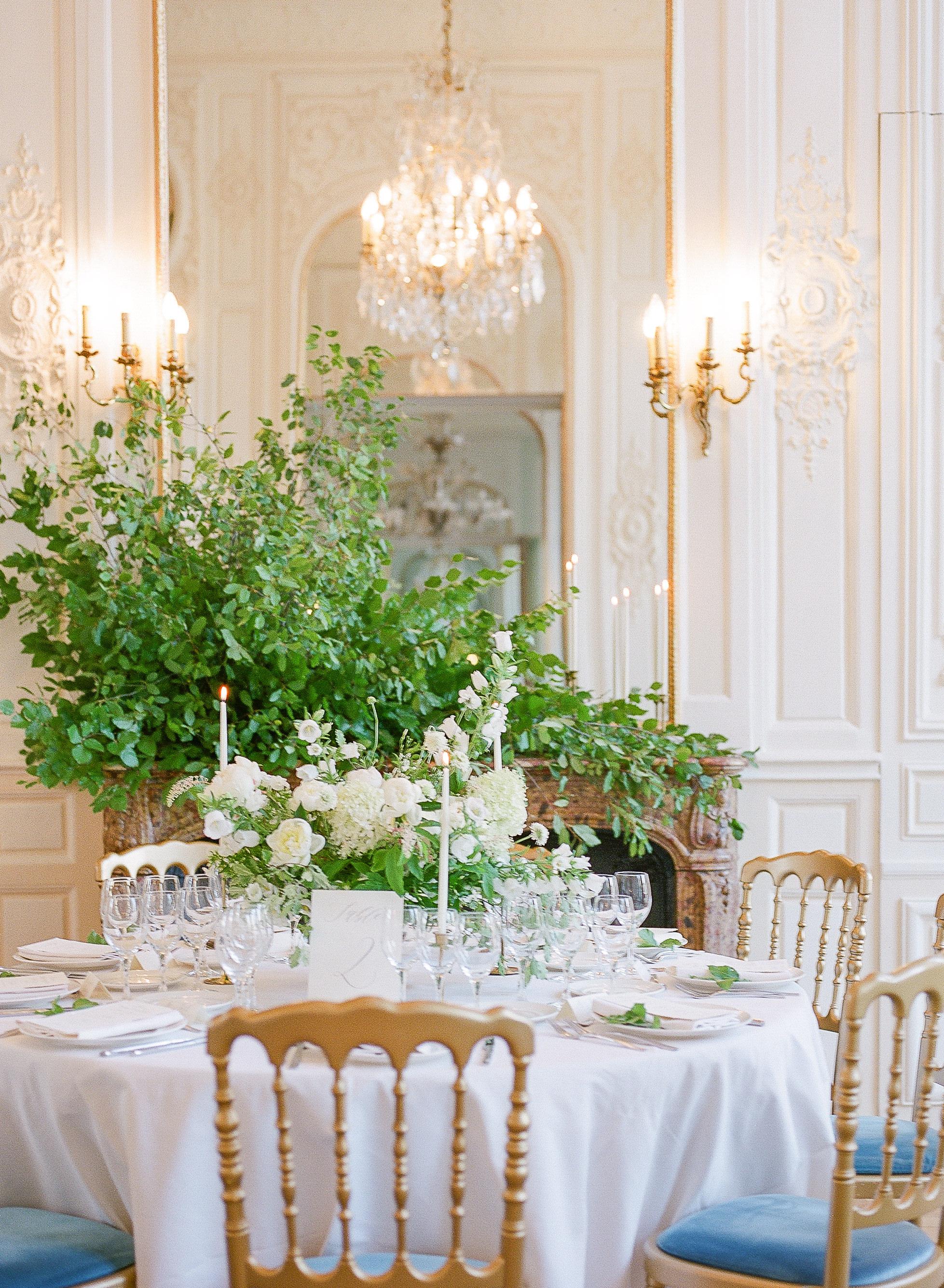 fine-art-french-wedding-florist-foraged-floral-paris-france-wedding-florist.jpg