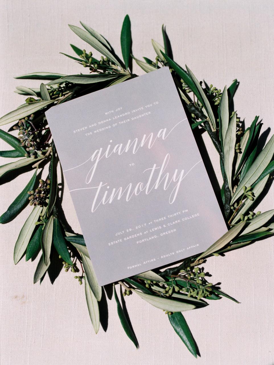 fine-art-wedding-florist-foraged-floral-lewis-and-clark-college-wedding-greenery-crowns.jpg
