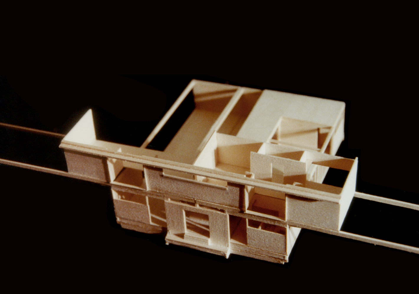UPenn: Model Housing Experiment. Balsa. 1991