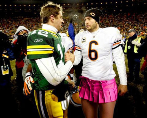 Source:http://totalpackers.com/2012/04/heres-jay-cutler-in-a-dress/