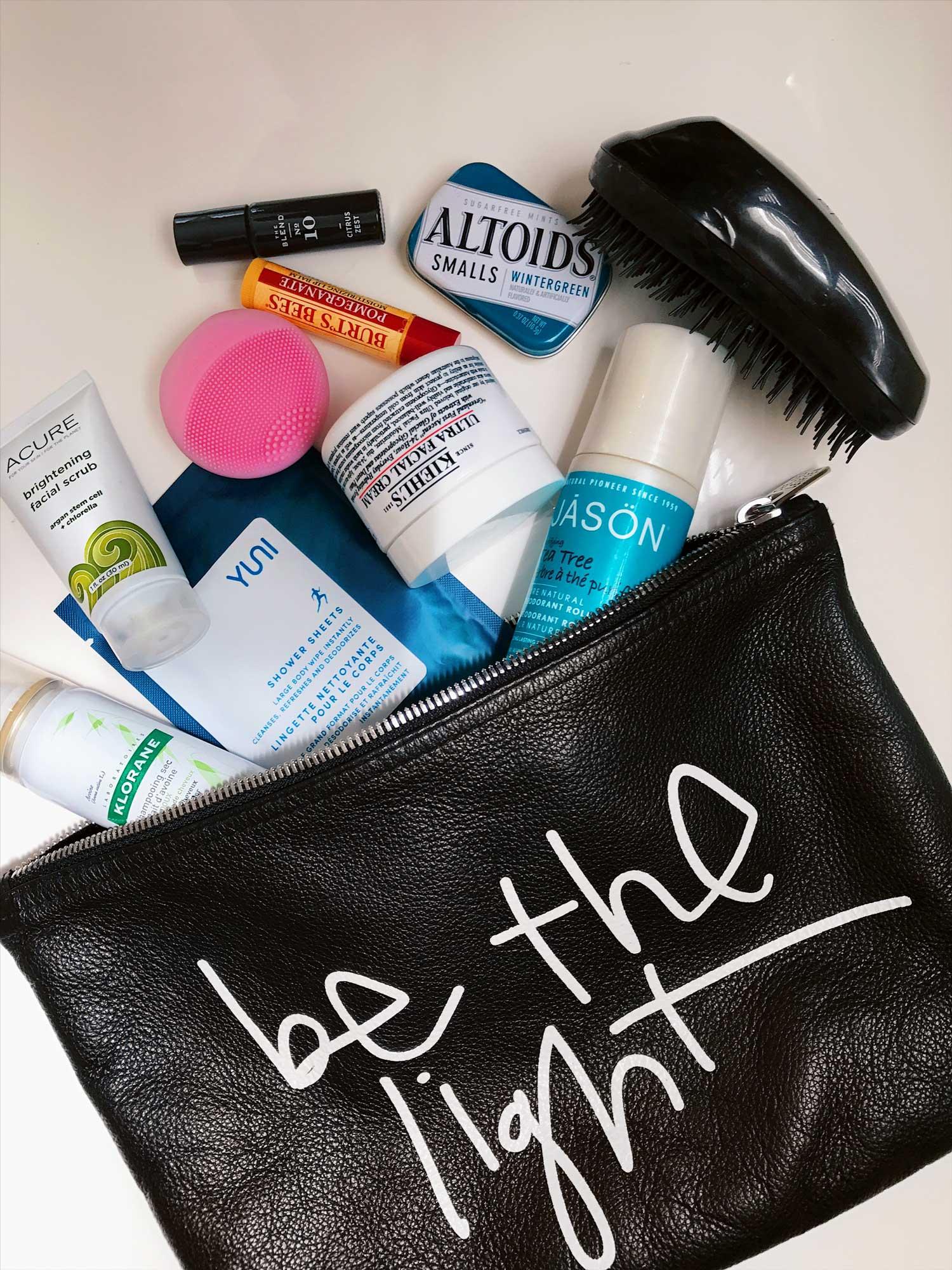 jolisa-gym-bag-essentials