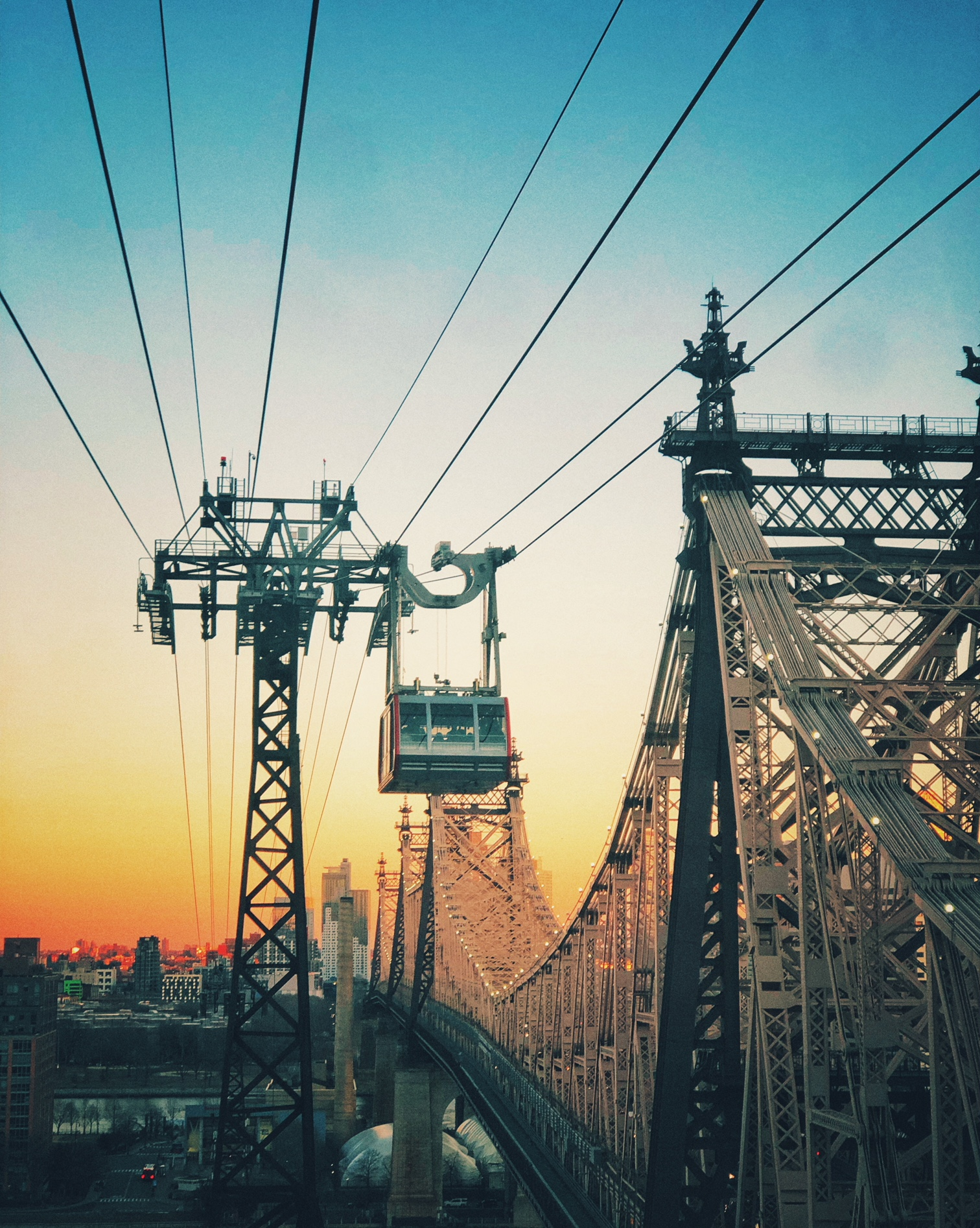 Roosevelt Island Tram | NYC | At Sunset