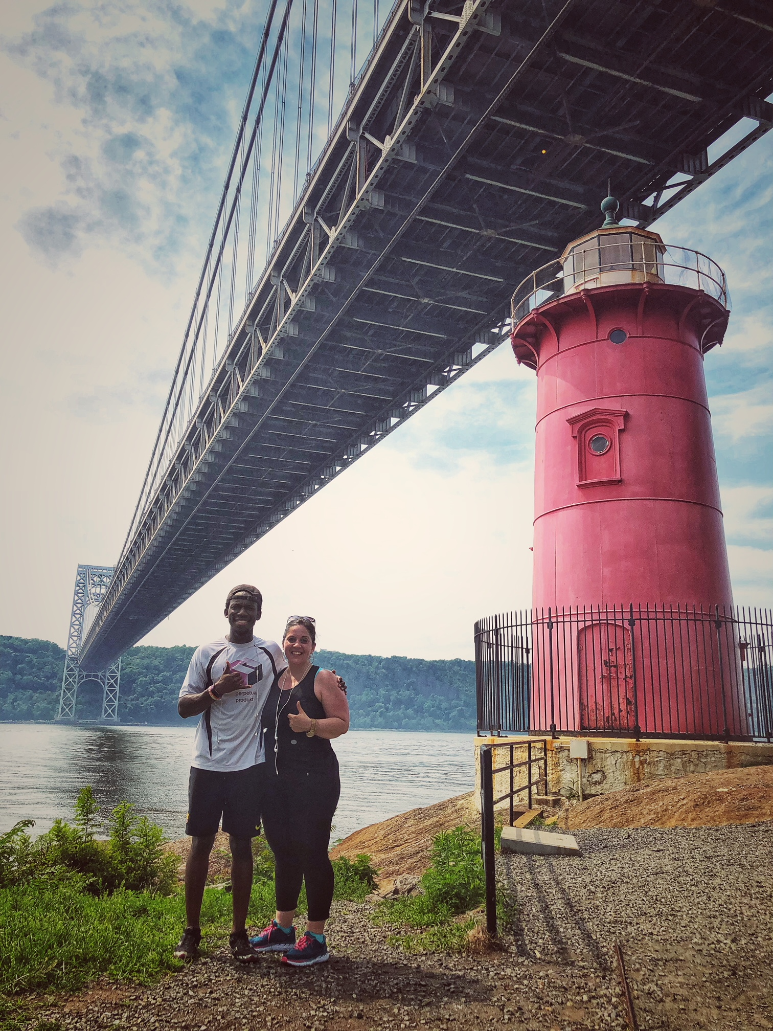 90 degrees. 1.9 miles. Scenic = hills. Extreme heat. But my friend Kevin + I ran from Fort Tryon Park to the little red Lighthouse under the George Washington Bridge.