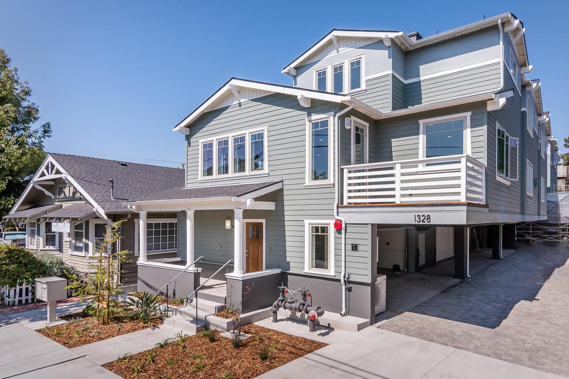 1328 Morro St San Luis Obispo-MLS_Size-001-3-Front of Building-1152x768-72dpi.jpg