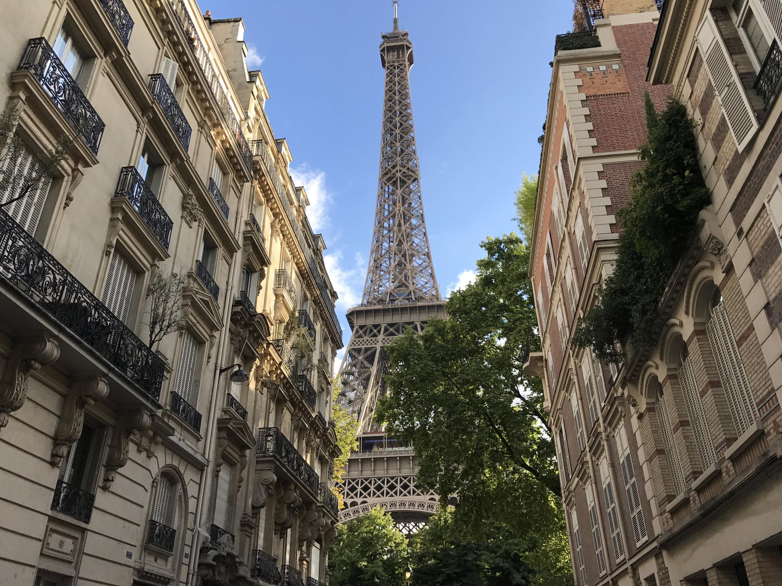ORELLANA_PARIS2.jpg