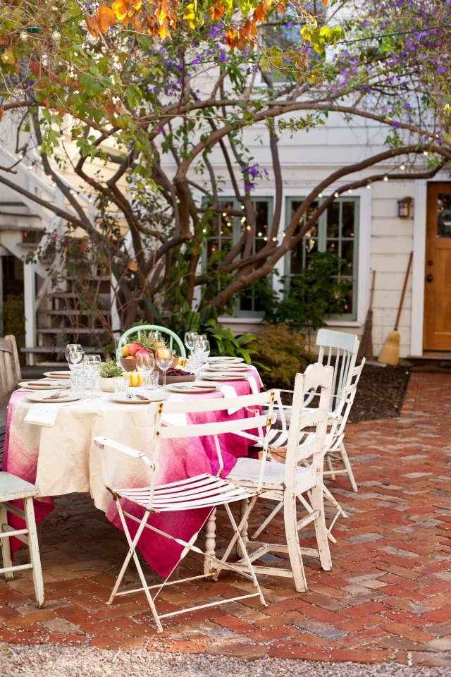 How to Throw a Backyard Wedding Reception | Rogue Wed Co | Elopements and Intimate Weddings | Atlanta, Georgia | DIY Tablecloth.jpg