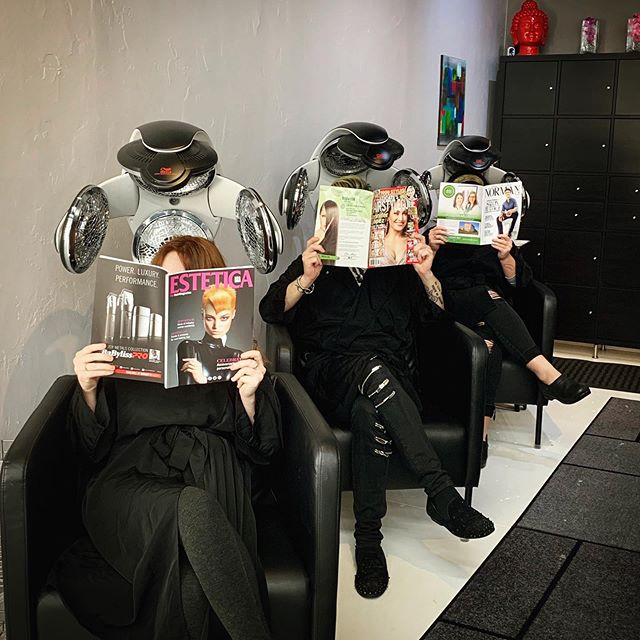 Flip open a few magazines and you will see your salon in the spot light!!! Thank You Norman Magazine, Estetica USA, and Sophisticate's for the love!🥰 #normanmagok ##esteticamagazineusa #sophisticateshairstyleguide #discoveraudace #salonaudace #maindistrictnorman #salonsavvy #normantopsalon #normanhairsalon #oklahomahairsalon #behindthechair #shuuemurahair #sevenhaircare #partneredwiththebest #modernsalon #ghdhair #loveourjobs❤️ #licensetocreate #naha2019 #votedbestsalon