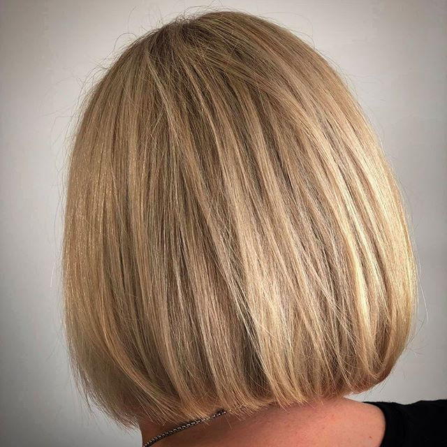 Soft yet blunt🤔 we get that completely!! Also would love to help you with those short but long layers and those blonde but not blonde highlights😎💪🏼 #discoveraudace #salonaudace #maindistrictnorman #salonsavvy #normantopsalon #normanhairsalon #oklahomahairsalon #behindthechair #shuuemurahair #sevenhaircare #partneredwiththebest #modernsalon #ghdhair #loveourjobs❤️ #licensetocreate #naha2019 #votedbestsalon