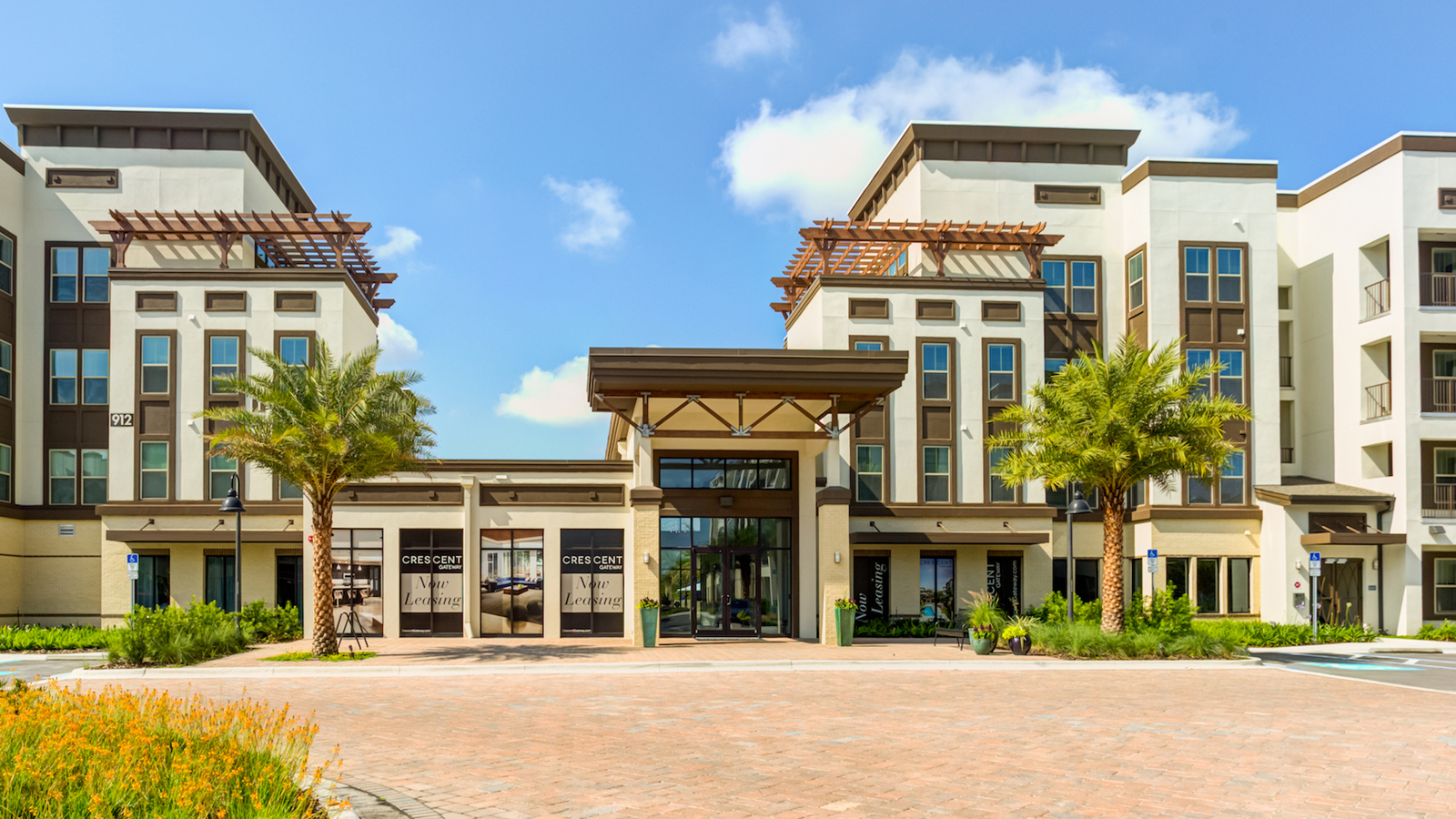 Gateway Apartments - Service - National Green Building Standard Certification: Multi-Family (NGBS Bronze)327,268 sq/ft 249 unitsBuilt by Crescent Communities, and formerly known as Altamonte Gateway apartments, Nine12 Gateway apartments is an exquisite community that sits just north of a bustling Orlando, Florida. Within this community, you can find all the ingredients for a modern lifestyle with the perfect blend of ideal location, abundant amenities, and first-class features. Inside the apartments you will find GE Energy Star® stainless steel appliances and water efficient bathroom accessories that have led this community to achieve energy savings of 24.73% above 2006 IECC baselines. During the construction of this apartment, a waste management plan was put into place with the goal of recycling a minimum of 50% of all construction waste.