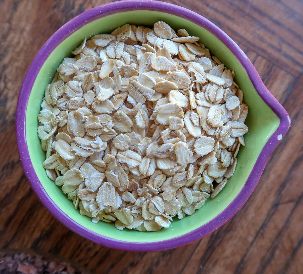 food - smoothie bowl- oats-IMG_4626-2.jpg