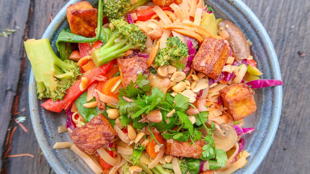 Plant-Positive-Pad Thai Tempeh Tofu- IMG_5392.jpg