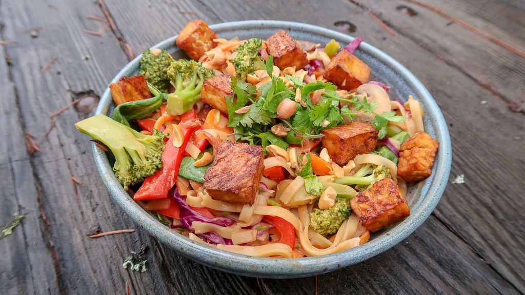 Plant-Positive-Pad Thai Tempeh Tofu- IMG_5394.jpg