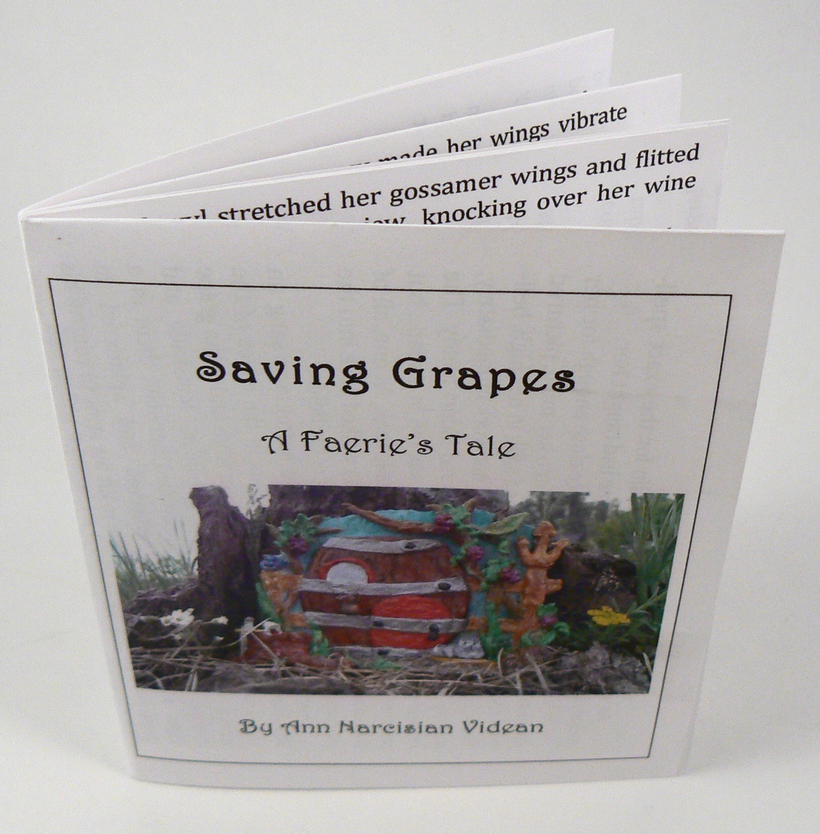 WhimsyC.booklet.SavingGrapes.dcu.2.jpg