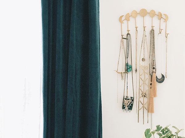 organizejewelrydresser12.jpg