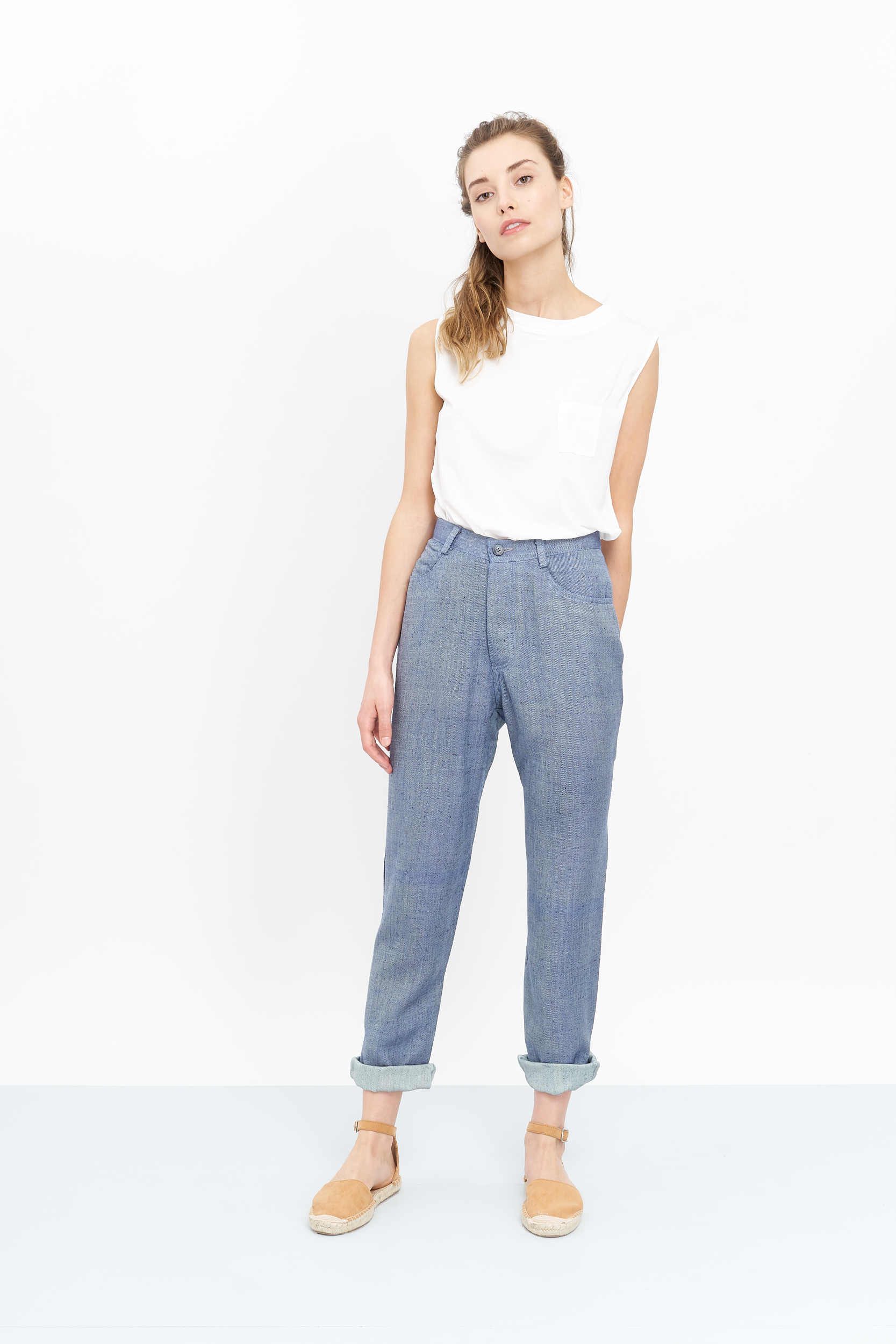 The Quito Trousers will launch on the 5th of April!