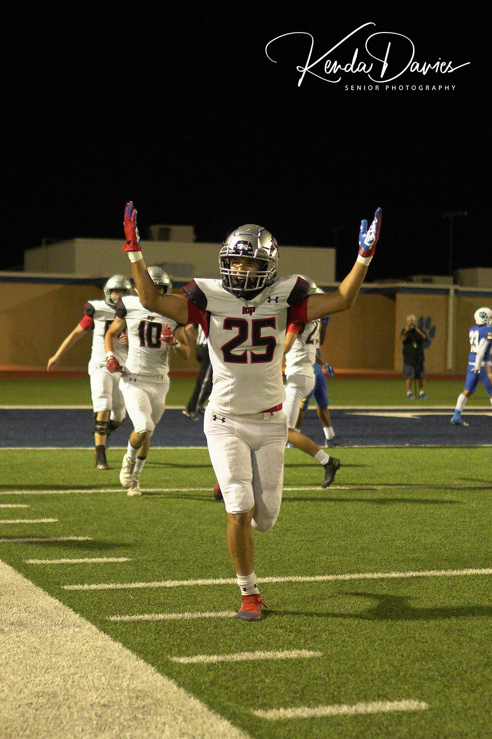 #25, Robert Mott celebrates after a TD!