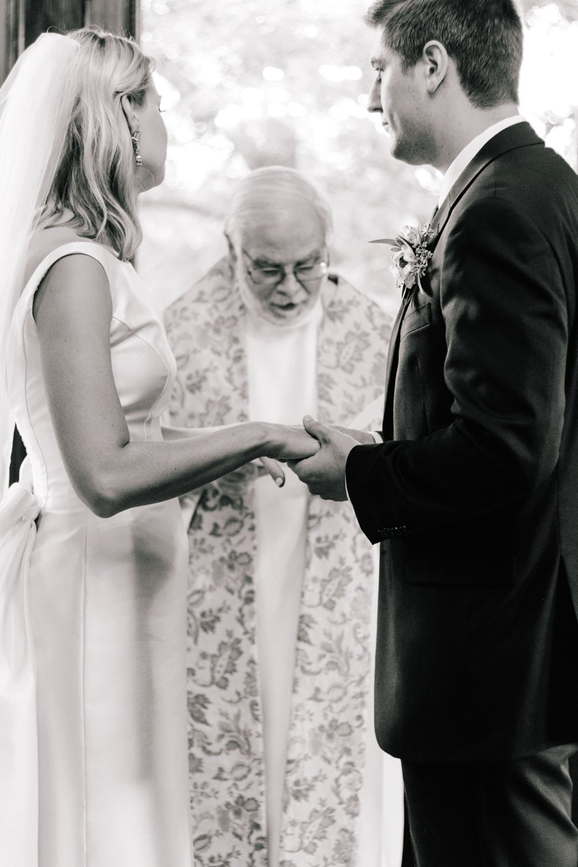Sabrina Reis Photography | Minneapolis Photography | Barnthouse Wedding_0069.jpg