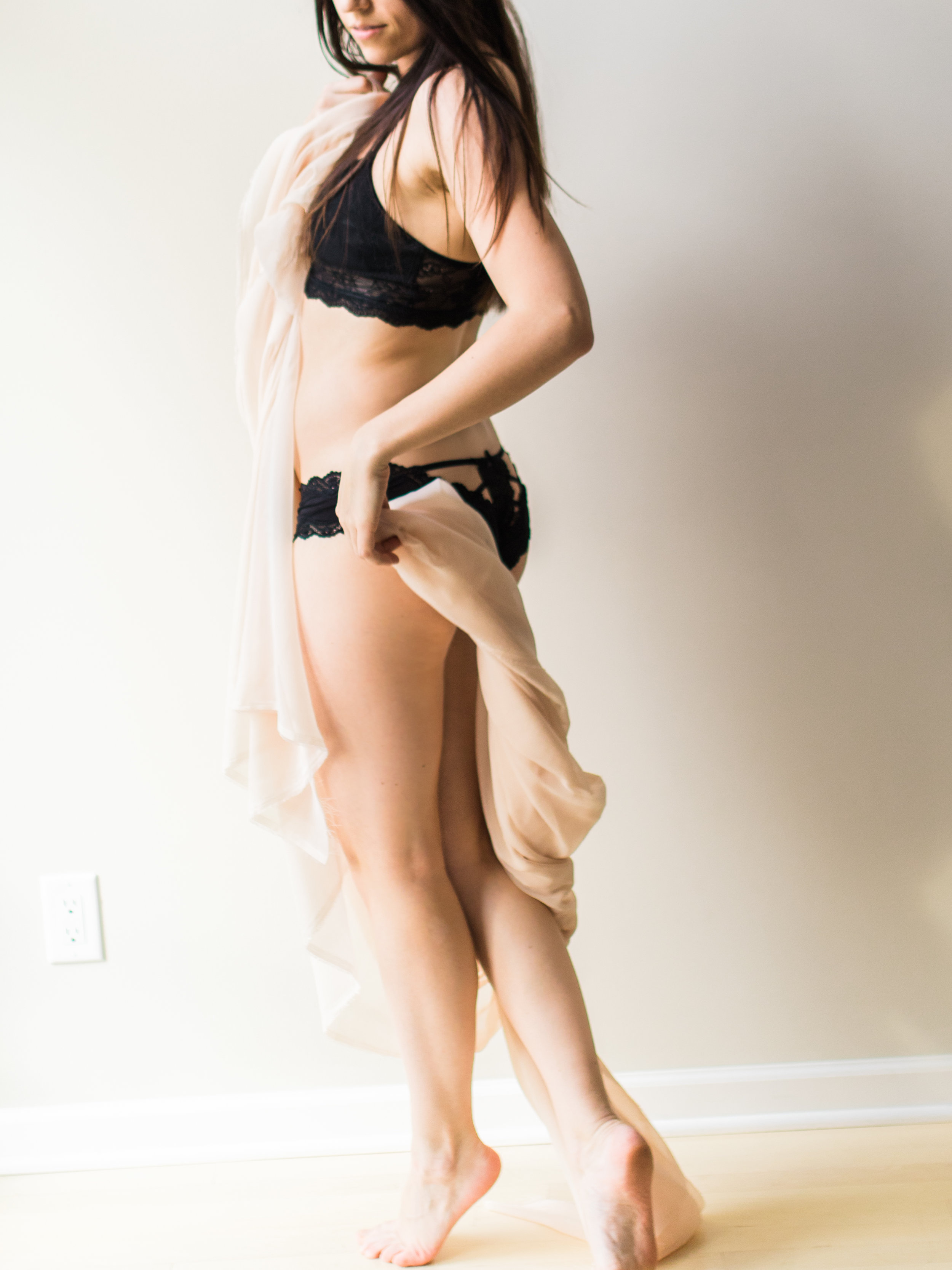 Sabrina Reis Photography - Carly Boudoir  - Minneapolis-6.jpg