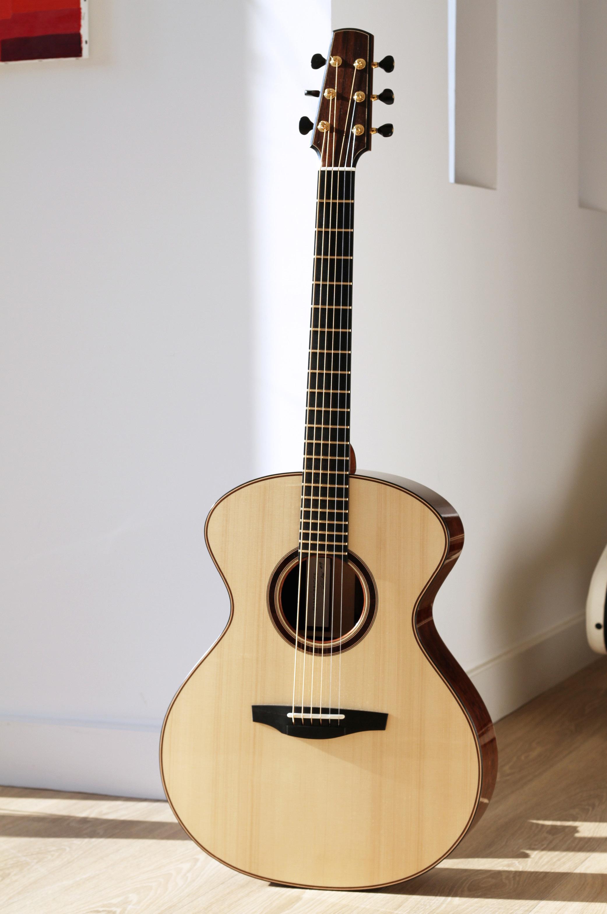 guitarshopphoto2.jpg