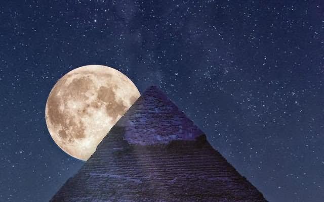 Full-Moon-Just-Behind-The-Egyptian-Pyramid-At-Night.jpg