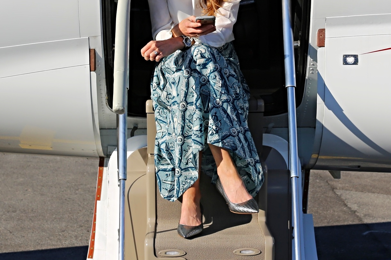 Kitten heels: Dior, Watch: IWC, Skirt: Gucci