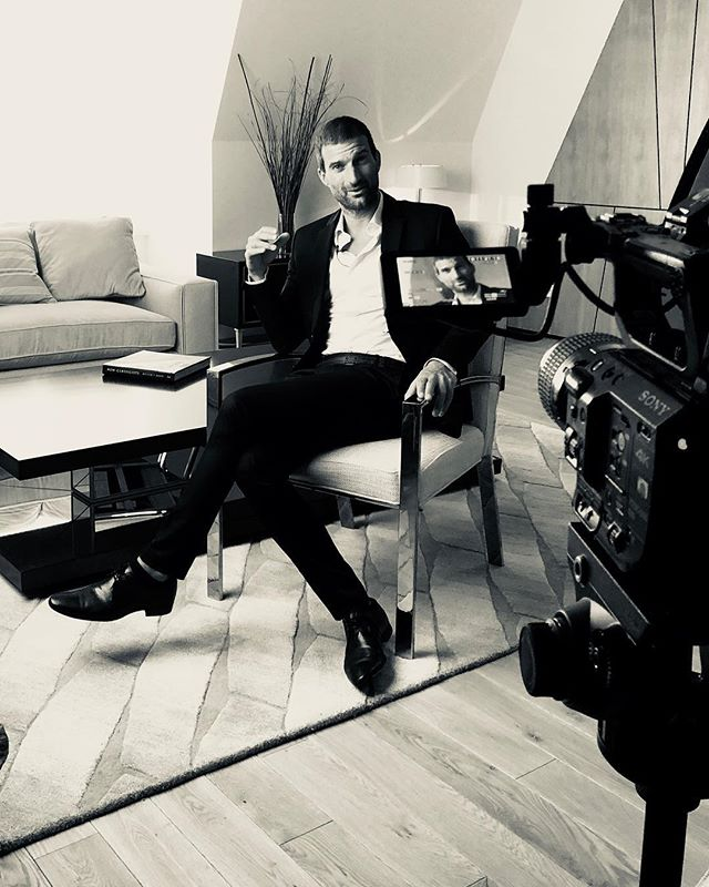 From my Moscow interview on #architecture #Greece and a soon to be revealed exciting new project😎 check out my story🤗 #portrait #bw #parametricdesign #architect