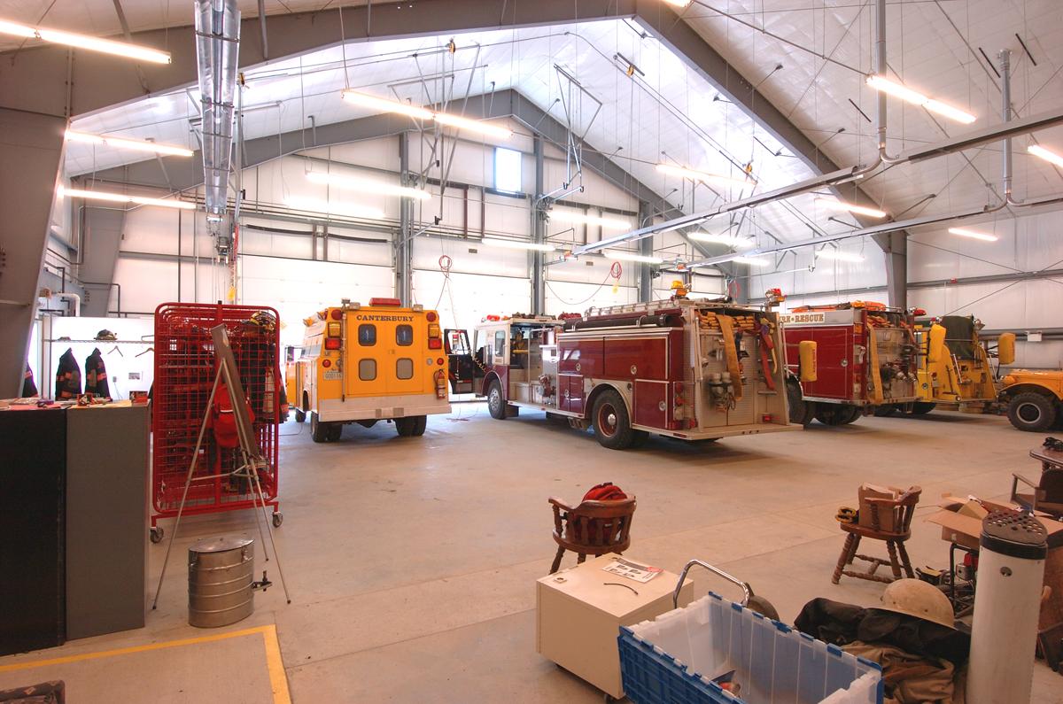 06_firehousegarage.jpg