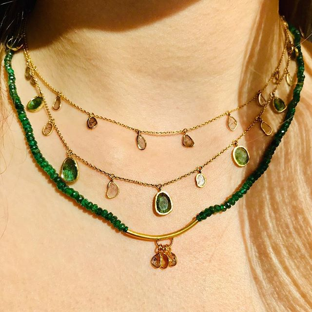 💚💎Emeralds and diamonds💚 - -  #adelphejewellery #adelphe #naturalemeralds #organicstones #diamondslices #18ctgold #artisanmadejewelry #phillipahastings #edenhastings #handmadejewellery