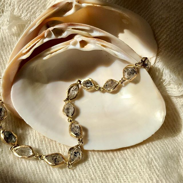 Herkimer diamond and gold bracelet. Simplicity often equals beauty - - - - - - - #adelphe #adelphejewellery #herkimerdiamond #herkimerdiamondbracelet #handmadejewelry #jewellerymadetoorder #phillipahastings #edenhastings #bespokejewellery