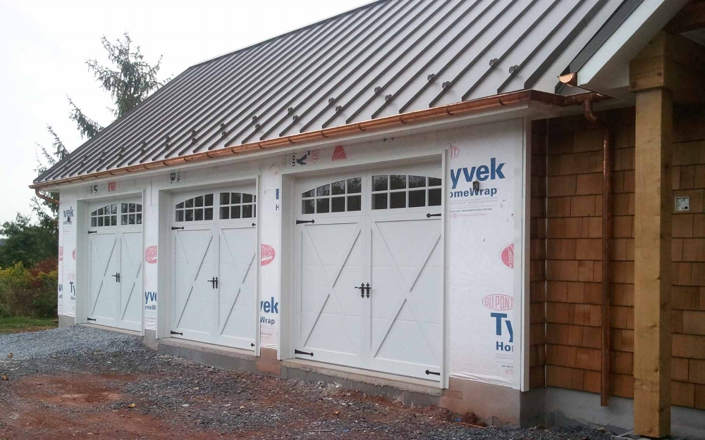 Nealer-garage.jpg