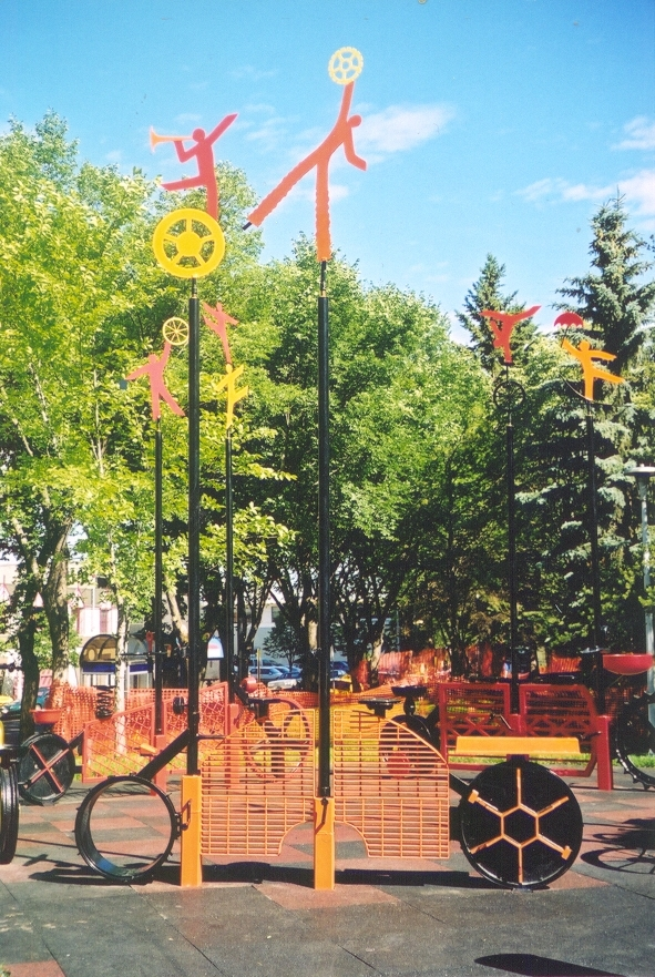P 10 Recycles Installation with Tree Grate Bike (D 20 feet H 15 Feet).jpg