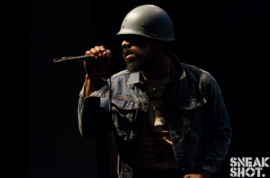 http://www.thecouchsessions.com/2014/06/live-cody-chesnutt-at-the-howard-theatre-dc/