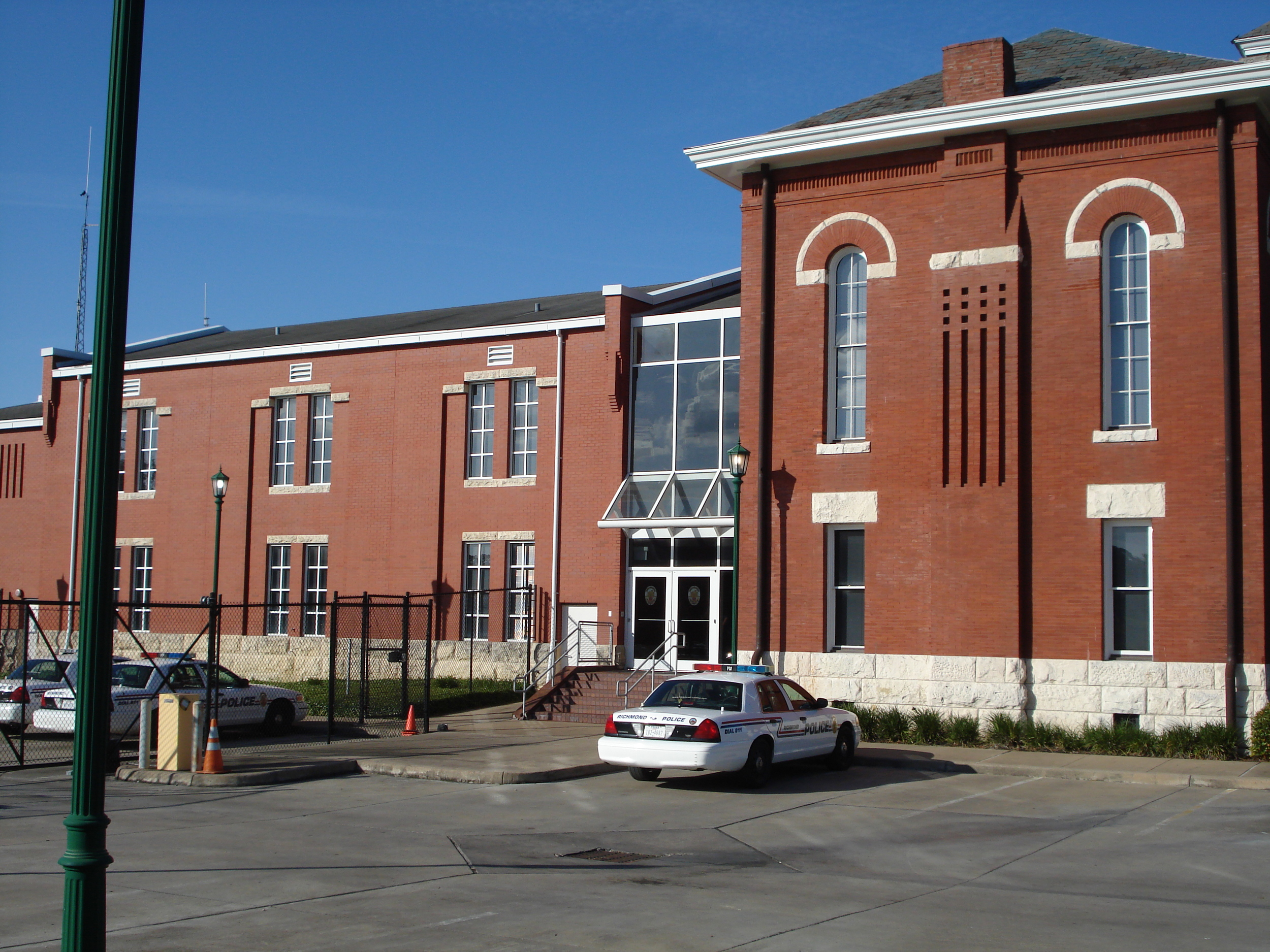 Richmond Police Building.jpg