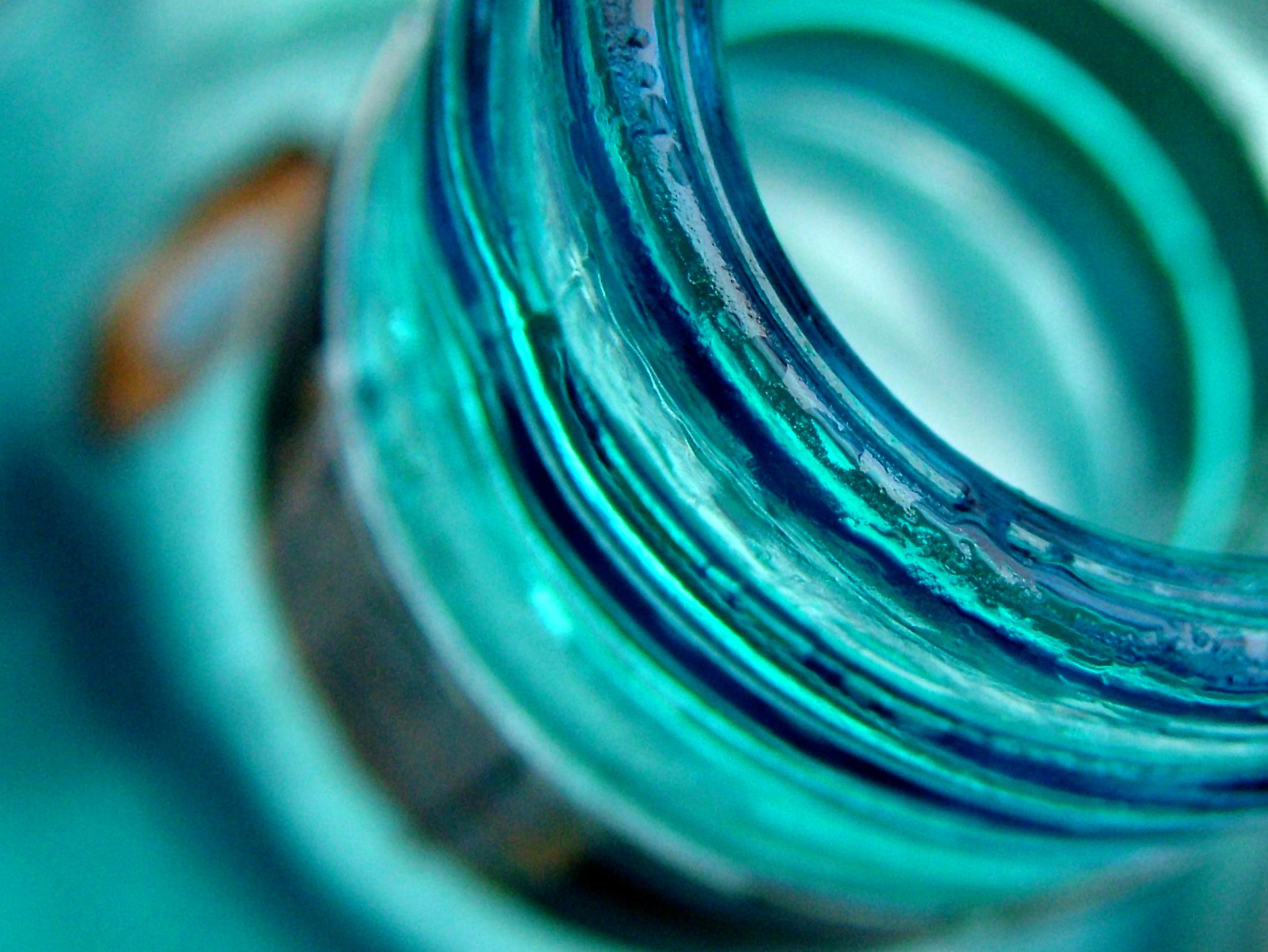 glass_bottle_814848_83958059.jpg