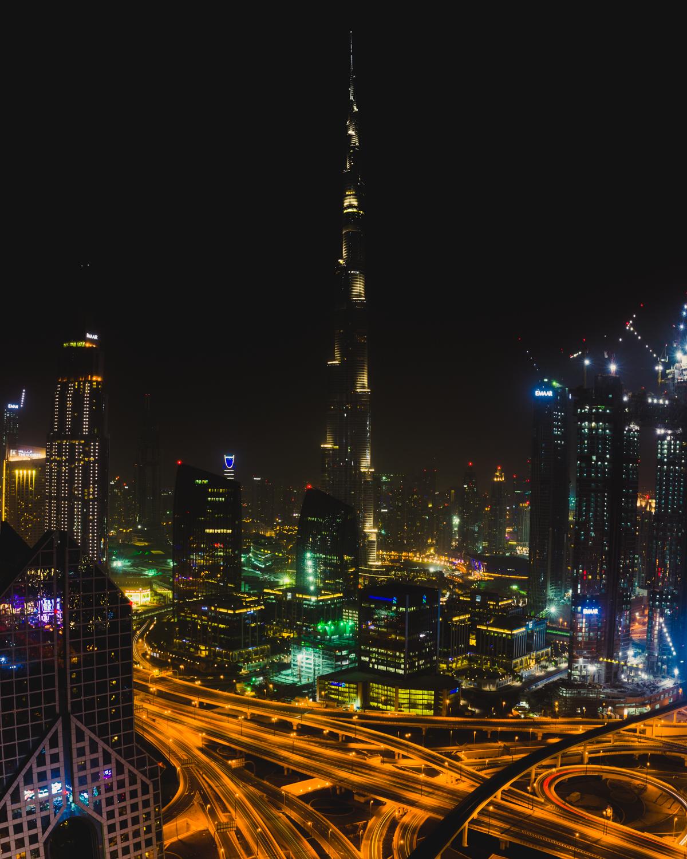 burj khalifa at night shangri la dubai