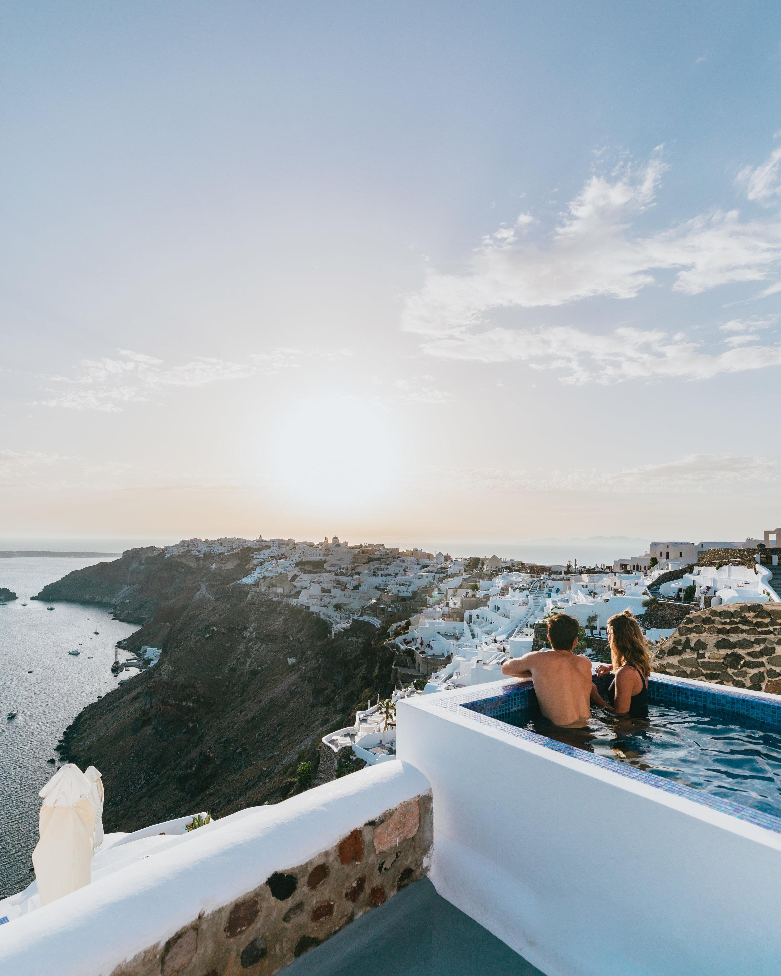 where to stay in oia santorini greece ikies hotel