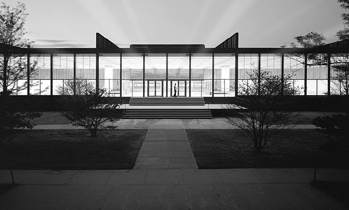 Ludwig Mies van der Rohe's Crown Hall at Illinois Institute of Technology, 1950-1956. Image courtesy of the Mies Society.