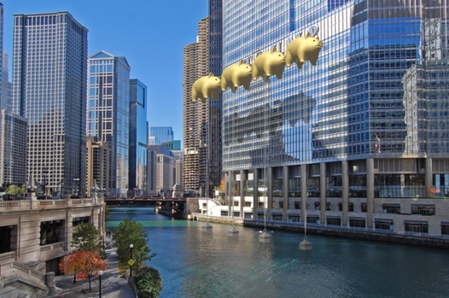 The iconic Trump sign along the Chicago River has often been the topic of criticism from Chicago's media and public. (New World Design Ltd.)