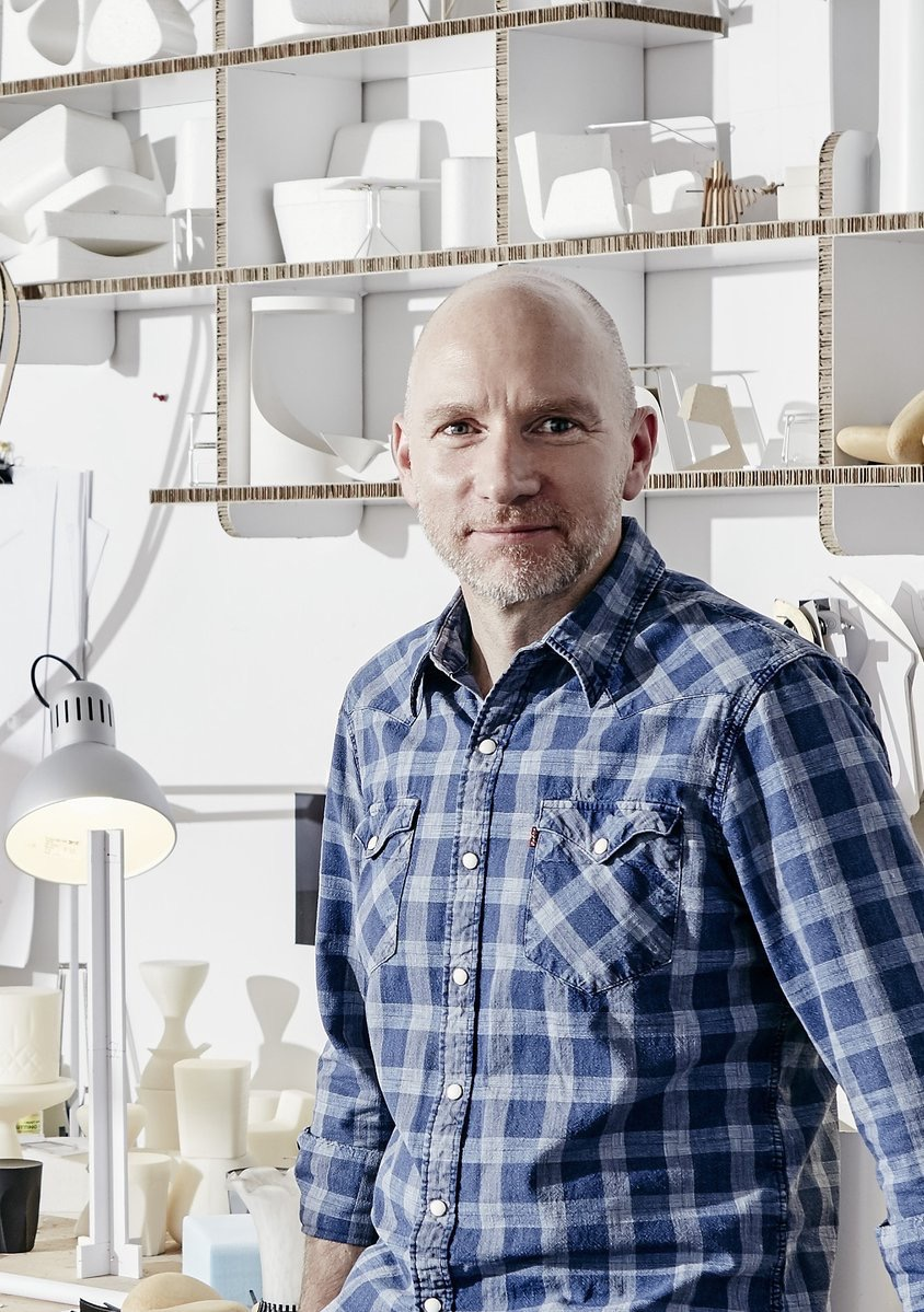 DARRANFurniture  Meet Keith! He's the designer behind Bota & Lamina, two of our new collections! #interiordesign #commercialfurniture #furniture #design pic.twitter.com/IB0c3r2ine  Jun 20, 2017, 7:46 AM