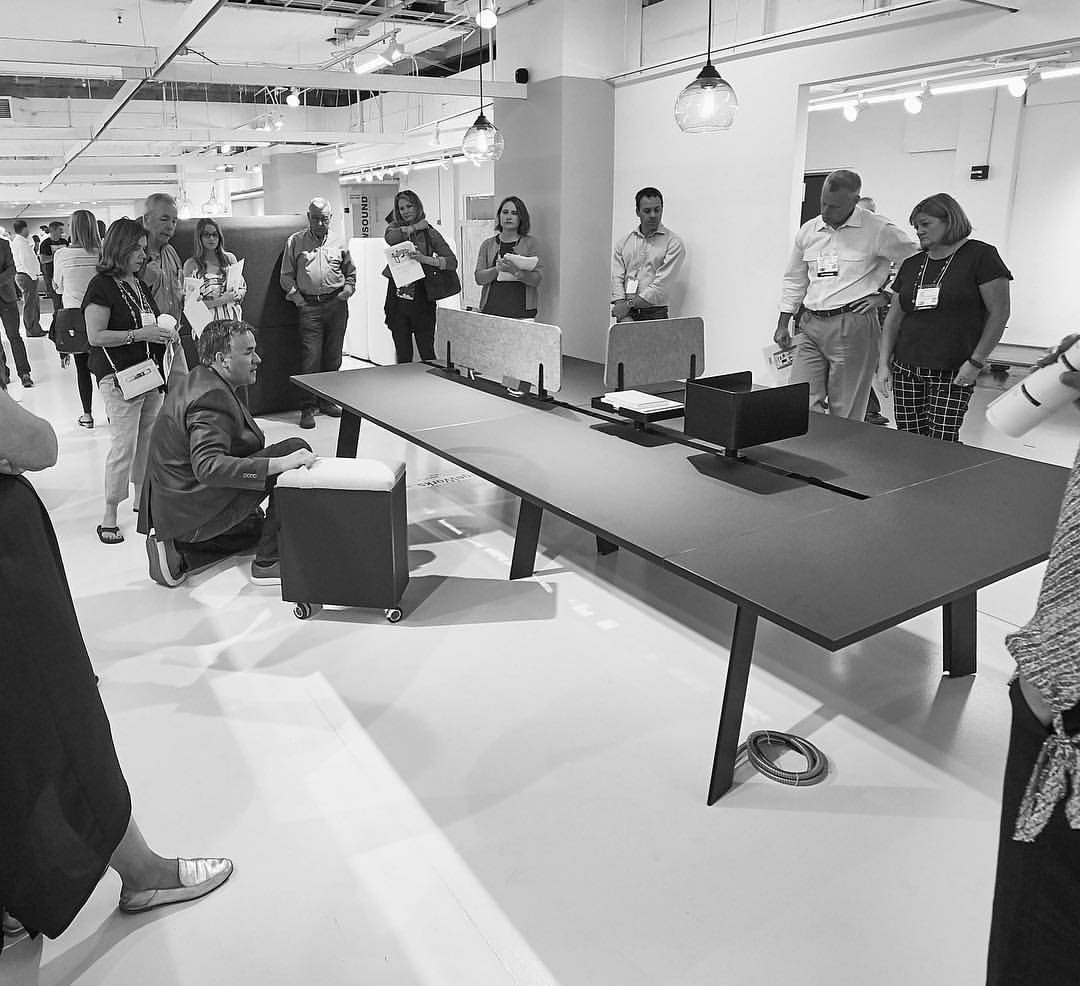 DARRANFurniture  #FlashbackFriday to last week's sales training at #NeoCon2017 in our gorgeous showroom! Feat. VP of Sales Jeff with the EdgeWorks collection pic.twitter.com/sWILuDIFW1  Jun 23, 2017, 9:46 AM