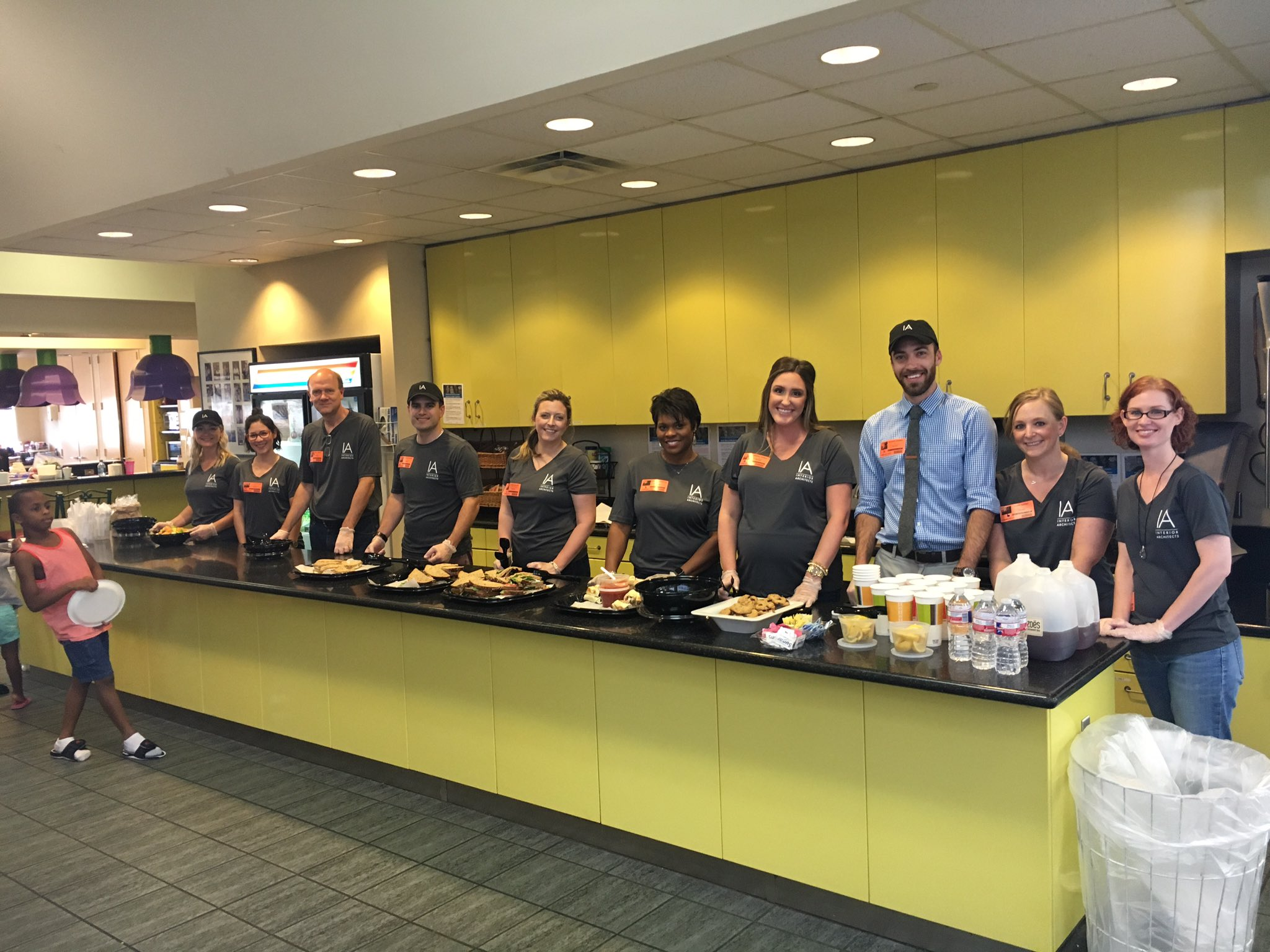 russellmanthy  @IAarchitects Houston team volunteered at Ronald McDonald House today #Houston #IAReach #HTX https://t.co/bdS5y4ezkW  6/26/17, 6:36 PM