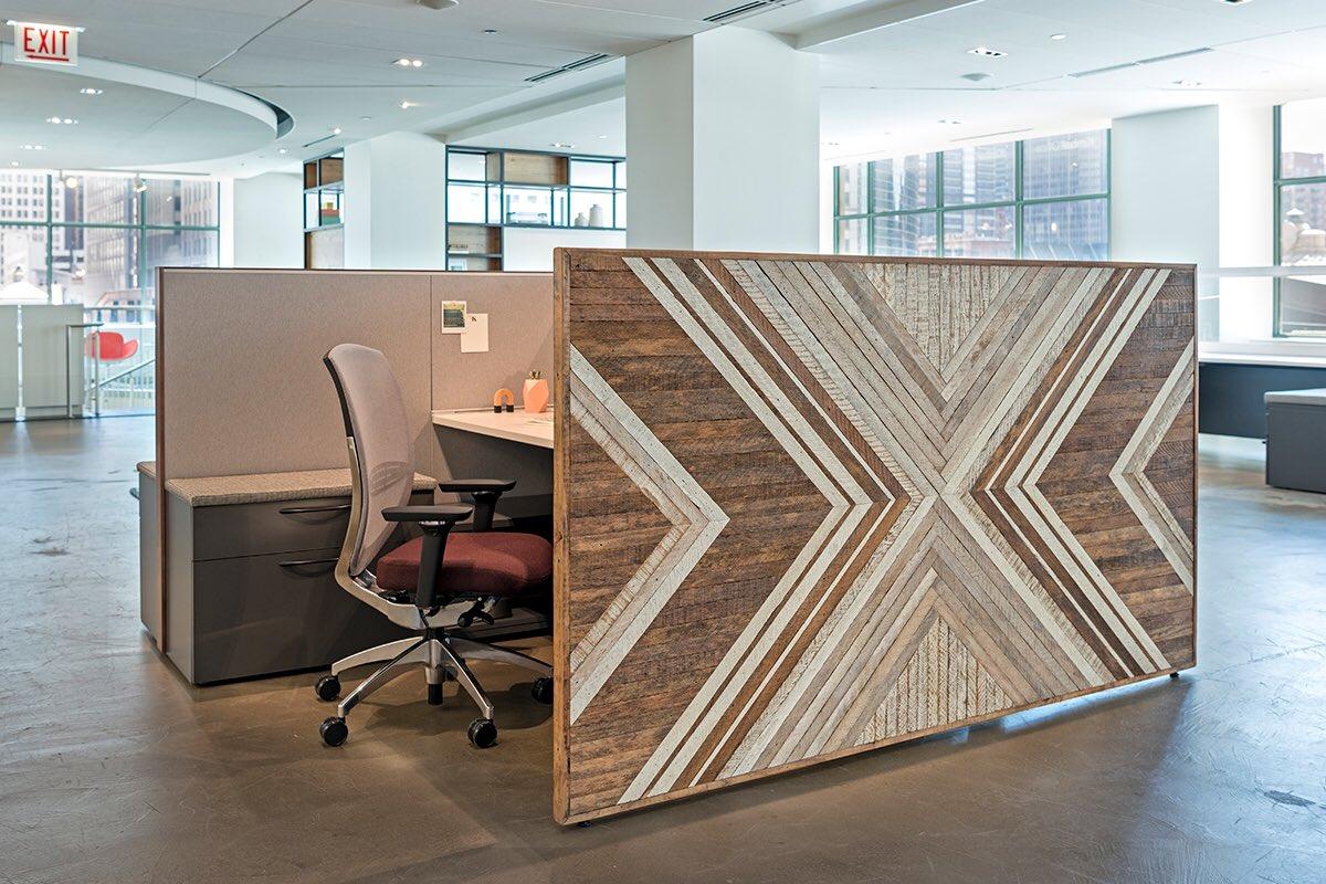 KimballOffice  Custom panel by @1767designs on Narrate. #kimballoffice #kimball #design #interiordesign https://t.co/LWfVzeuPlb  6/27/17, 1:16 PM
