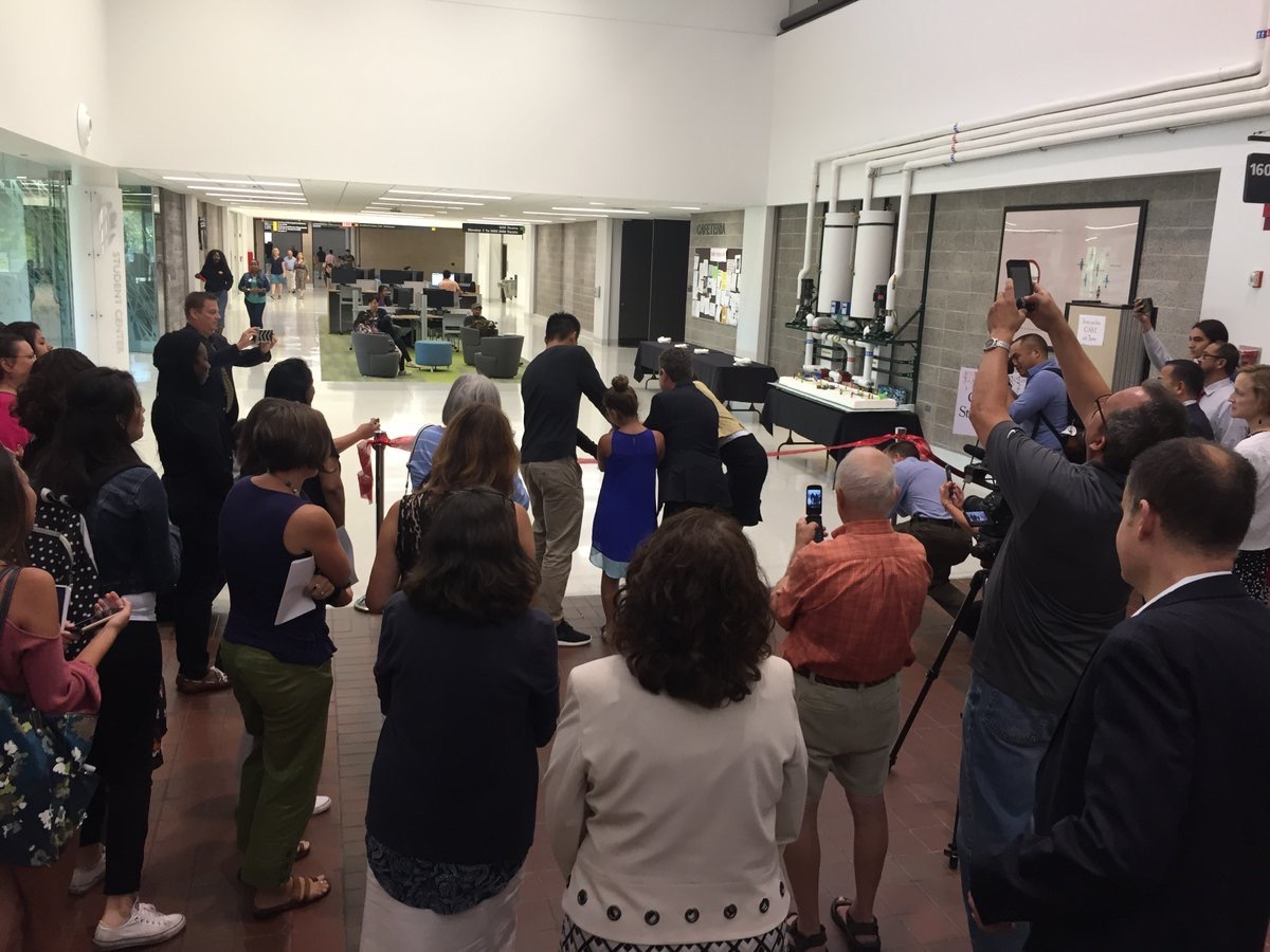 """perkinswill_CHI  .@OaktonCollege held a ribbon cutting ceremony for the first phase of their """"Student Street"""" renovation. Congrats! pic.twitter.com/7Zx7L8DQTi  Aug 23, 2017, 9:52 AM"""