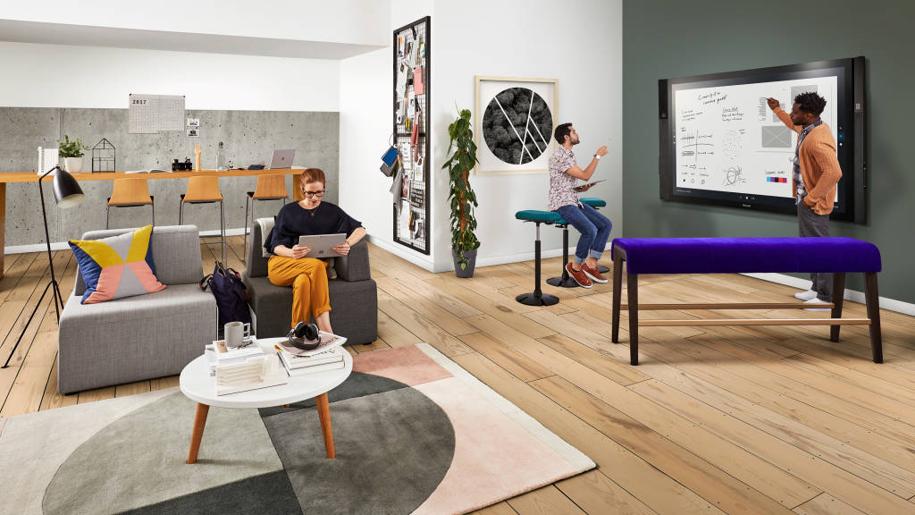 Steelcase and Microsoft designed the  Maker Commons to support the socializing of ideas and rapid prototyping – essential parts of the creative process.