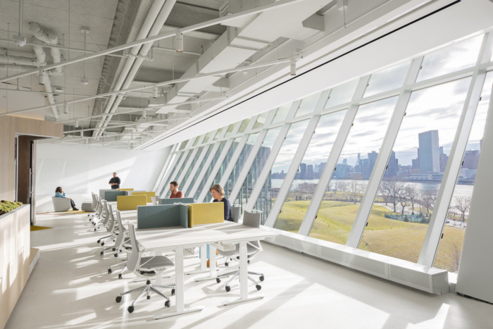 two-sigma-collision-lab-offices-new-york-city-7-700x467.jpg