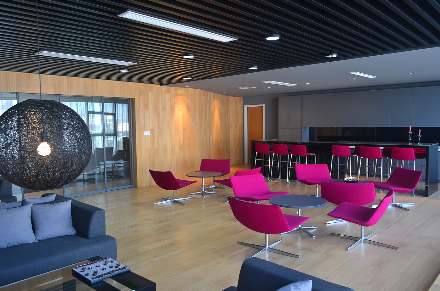 office-lounge-pink-seats1400x925.png