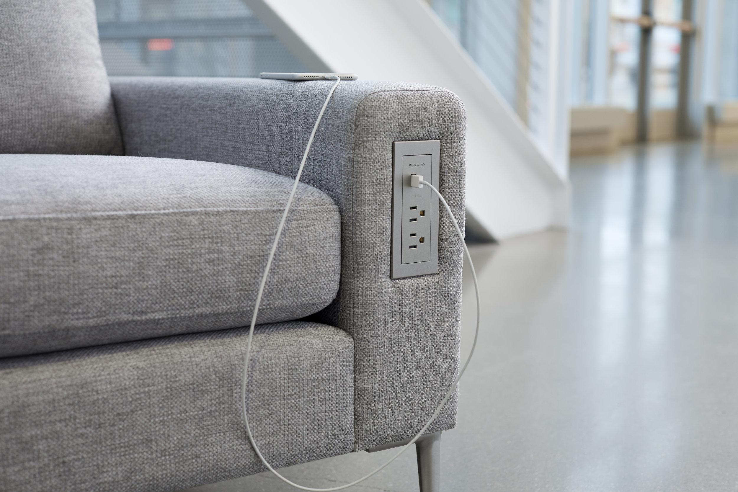 Legrand radiant Furniture Power Center_USBC.jpg
